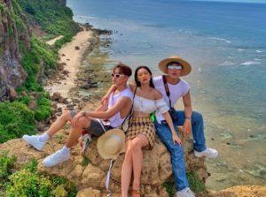 Vietnamese group of friends travel